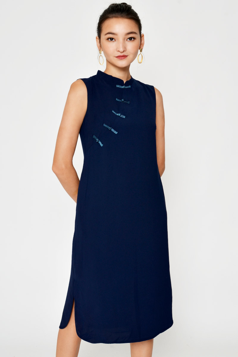 GINA CONTRAST BUTTON MIDI DRESS