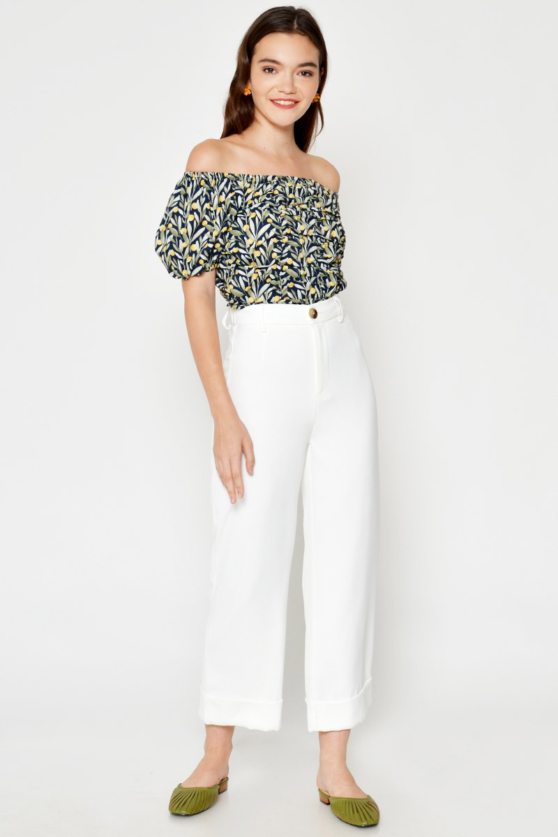 AUDLEY ORANGE RUCHED PUFF SLEEVE TOP