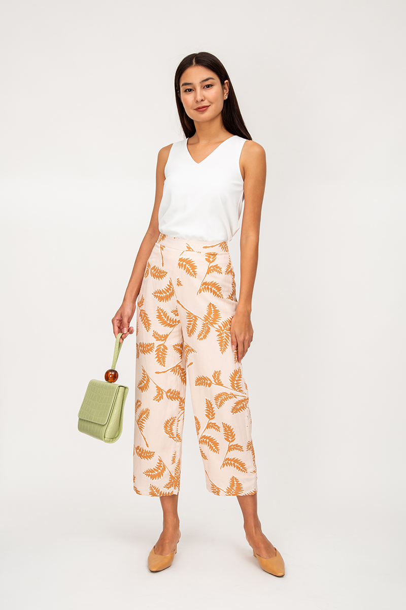 MANDY LEAF PRINT FLARE PANTS