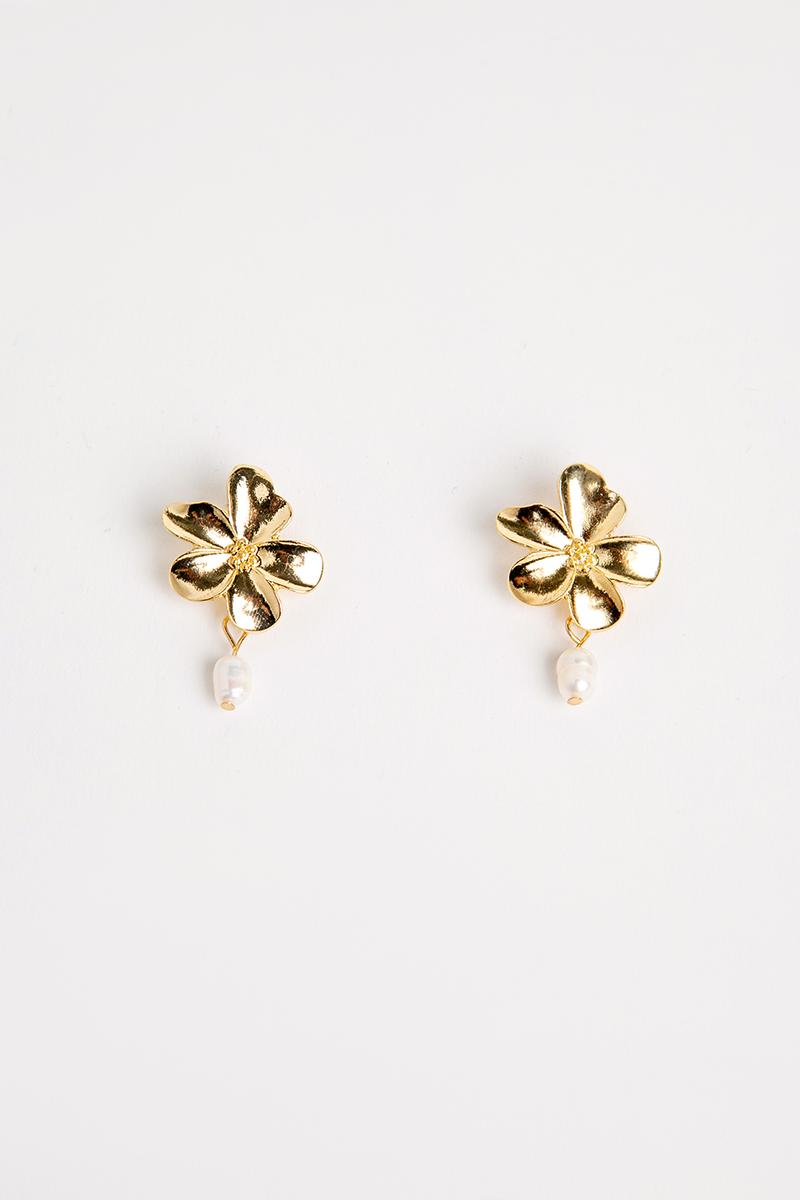 GOLD FLOWER PEARL DANGLE EARRINGS