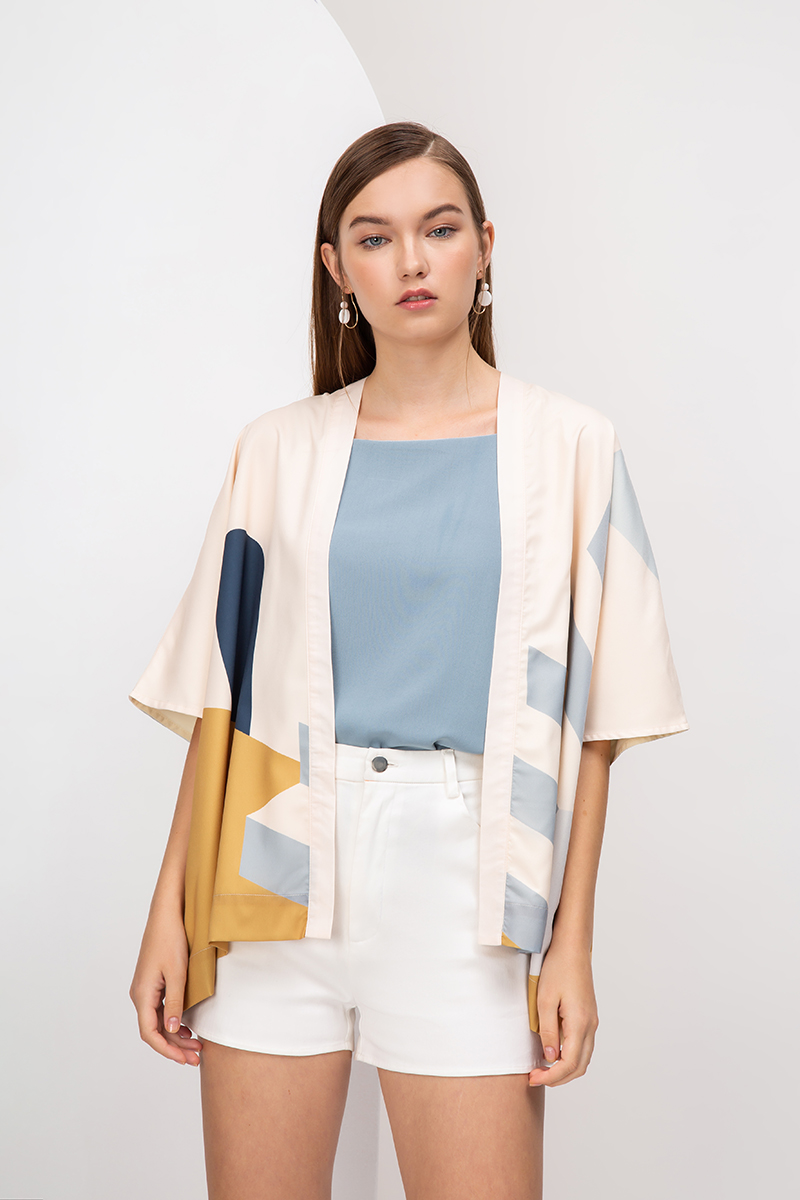 ESCAPADES ABSTRACT KIMONO TOP
