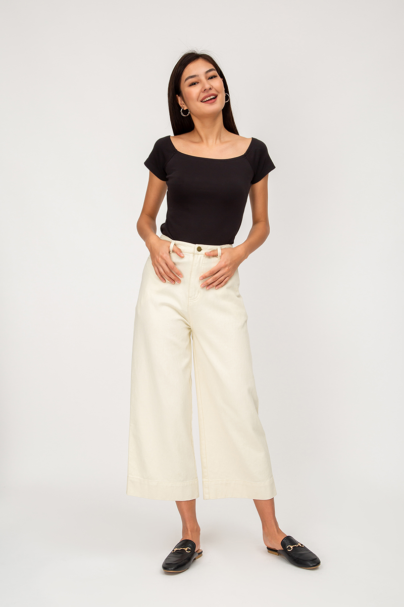 IRISSA OFFSHOULDER TOP