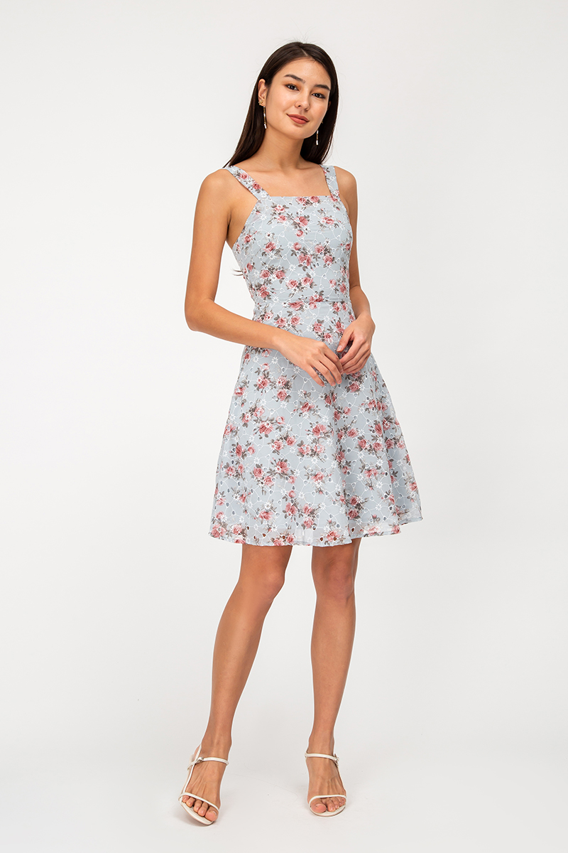 ESTIE FLORAL EYELET DRESS