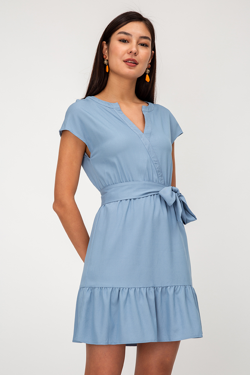 DANIA NOTCH NECKLINE DRESS W SASH