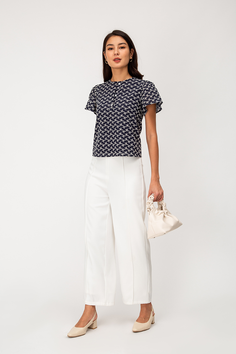 LEONA EYELET BUTTON TOP