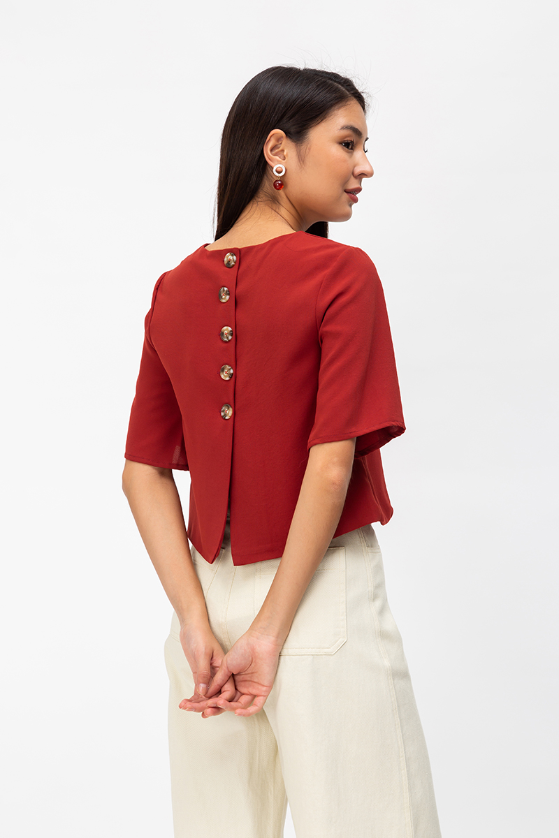 LUCIA BACK BUTTON TOP
